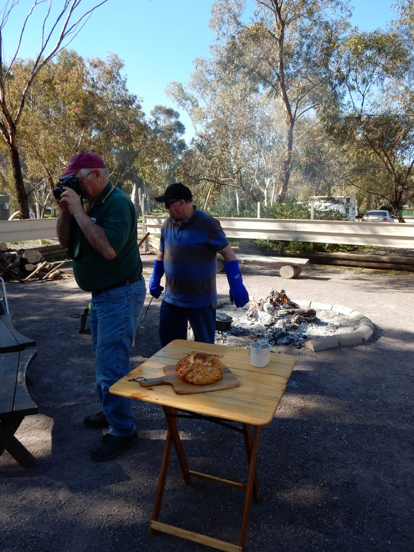 how to make damper in camp oven