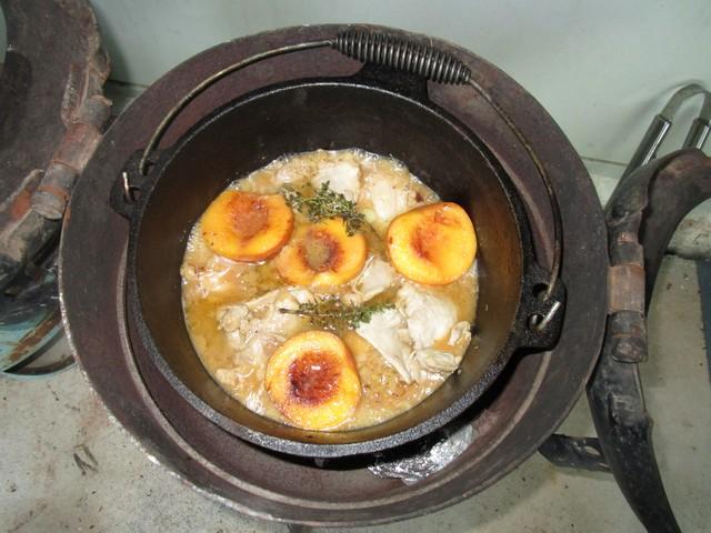Baked_Chicken___Peaches_04_001.jpg