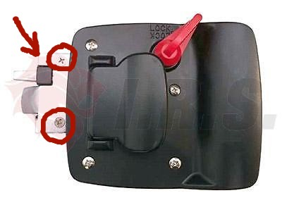 motor_home_door_lock_screws.jpg